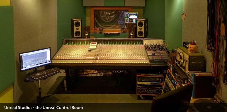 unreal_control_room_003