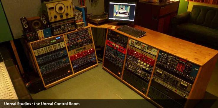 unreal_control_room_005